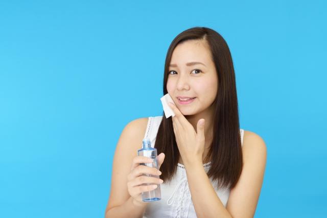 女性 美容液 顔